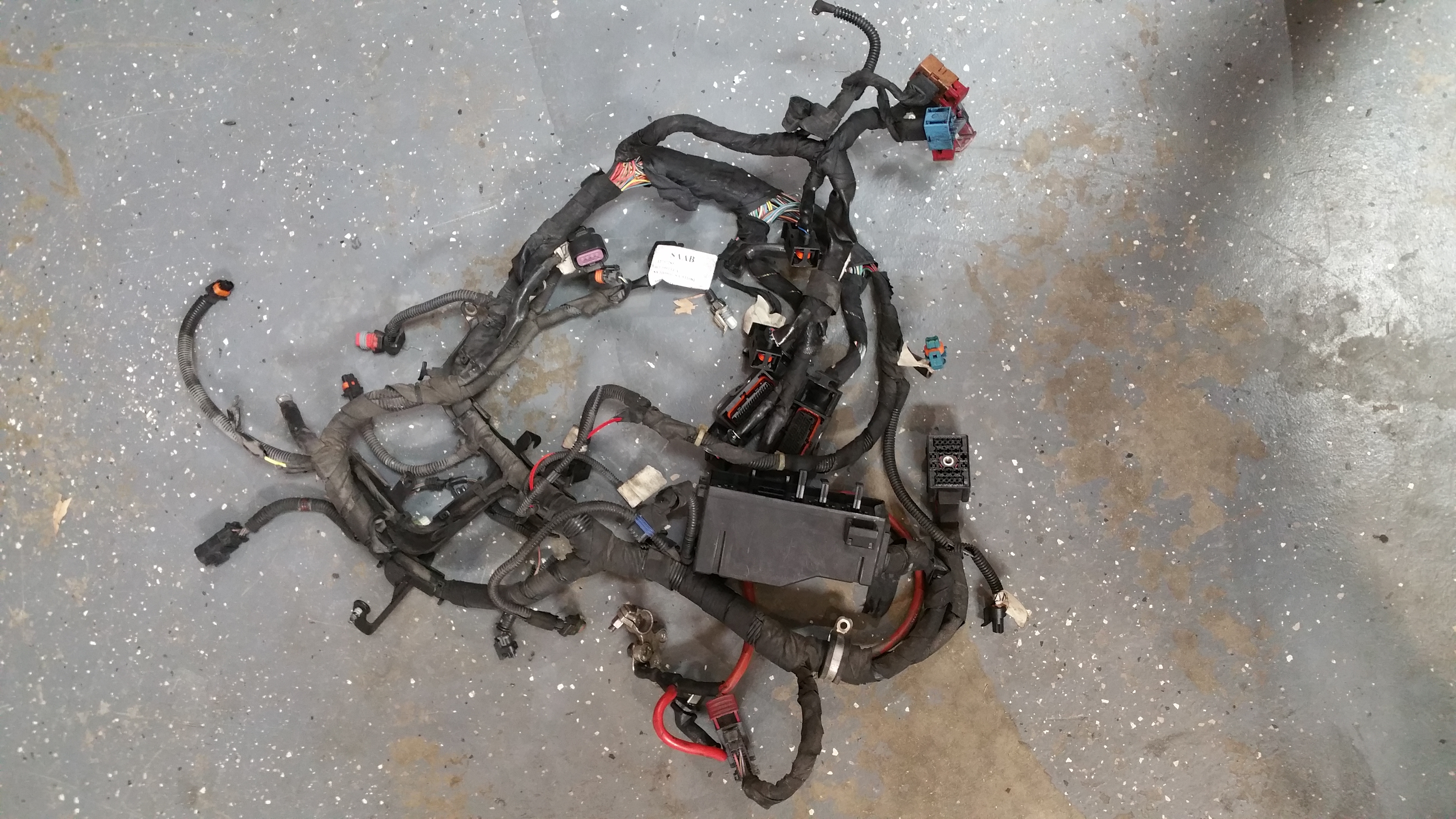 engine wiring harness saab 9 3 12757285 from a 2006 93. Black Bedroom Furniture Sets. Home Design Ideas